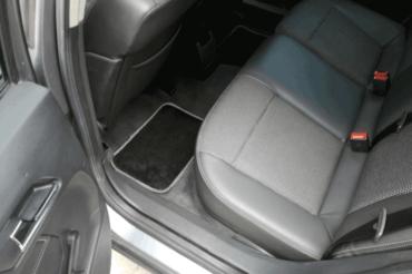 Kompleksowe sprzątanie wnętrza auta